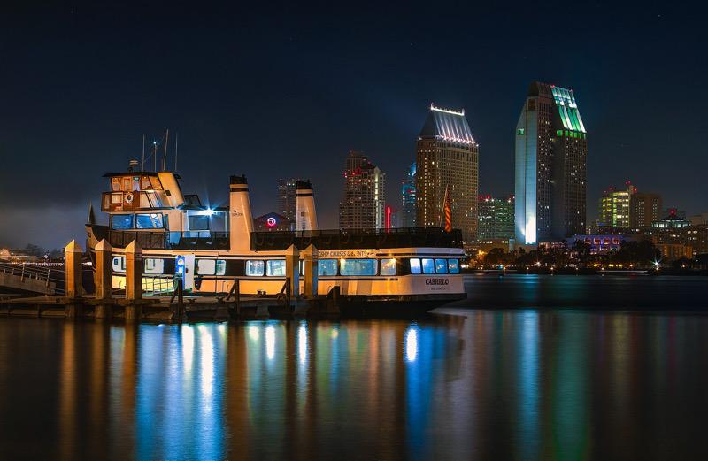 Nighttime at The Ferry Landing | Jesus Lazaro