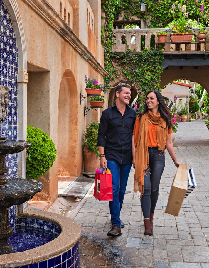 Shopping at Tlaquepaque    Tlaquepaque